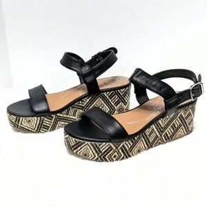 DV by Dolce Vita Brynn Woven Platform Sandals 8.5